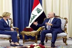 رایزنی برهم صالح با سناتور آمریکایی در کاخ صلح بغداد