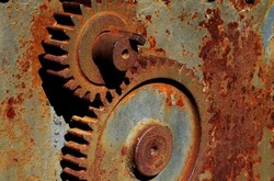 ترمیم سطوح زنگ زده با یک محصول نانویی/ رفع خوردگی فلزات صنعت نفت