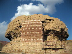 Remnants of centuries-old structure found in northwest Iran