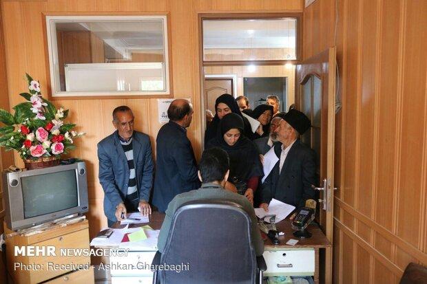 ازدحام زائران اربعین  برای گرفتن گذرنامه