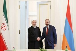 Armenia eyes expanding coop. with Iran: PM