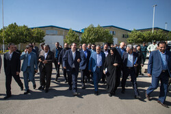 ایرانی وزیر صنعت و معدن و تجارت کا دورہ قزوین