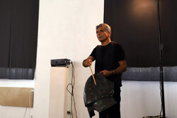 ۴هنرمند ایرانی در یک نمایشگاه جهانی/ هنرمند امروز «دنکیشوت» است؟