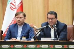 کاهش قیمت کالا در۳ماه گذشته/ رشد مثبت اقتصاد ایران در سال آینده