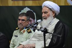نیروی انتظامی مظهر عزت و اقتدار کشور است