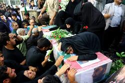 مراسم وداع با پیکر شهید محمود توکلی درگلستان شهدای اصفهان