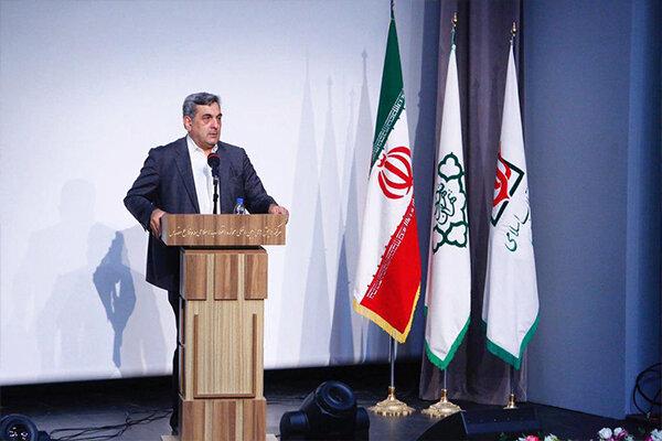 تلاش شهرداری تهران برای خدمات رسانی هر چه بهتر به زائران اربعین