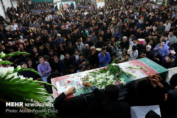 مراسم وداع با شهید محمود توکلی درگلستان شهدای اصفهان