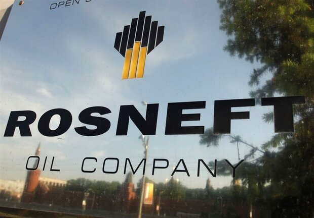 Russia's Rosneft ditches dollar for all new export deals: report