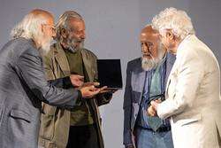 سه هنرمند پیشکسوت نشان عالی «هنر برای صلح» گرفتند