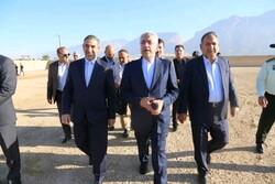 وزیر نیرو به صورت هوایی از طرحهای تامین آب شهرستان باشت بازدیدکرد