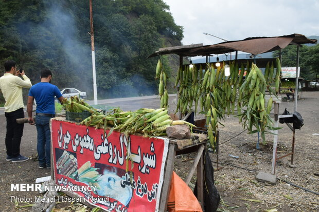 Maize selling in Heyran Pass