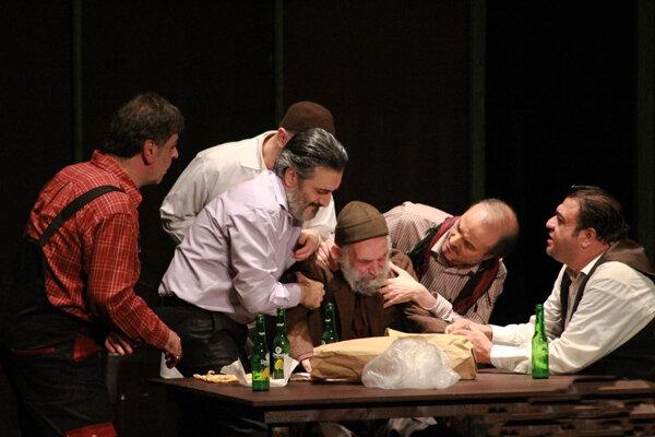 «جمعهکُشی» روی میز نقد کانون ملی منتقدان تئاتر