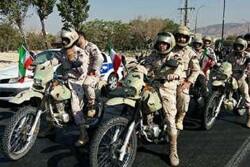رزمایش موتورسیکلت سواران قانونمند در تبریز برگزار شد
