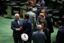جلسه علنی آغاز شد/سوال از ظریف در دستور کار مجلس