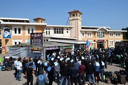 عزاداری زائران خارجی اربعین حسینی در پایانه مرزی آستارا