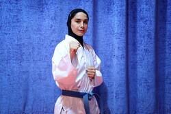 KaratekaRozita Alipour fighting for bronze medal