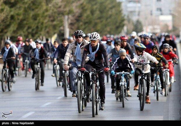 Tehran to get 550 kilometers of bike lanes in 5 years