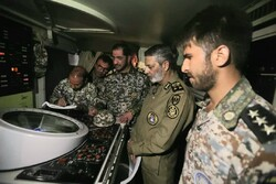Iranian commander visits air defense systems on Persian Gulf coastline