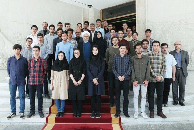Rouhani - International Olympiad medal-winning students