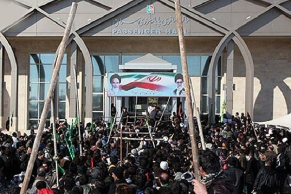 مہران سرحد پر زائرین اربعین کا بڑی تعداد میں حضور