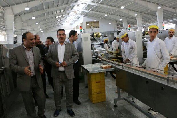 صنایع آذربایجان شرقی به دور از تحریم ها مشغول امر تولید هستند