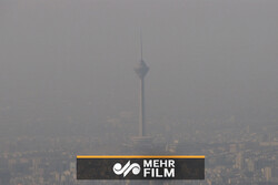 هوای شهرهای صنعتی آلوده میشود