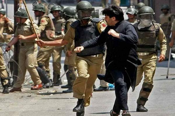 کشمیر میں بھارتی فوج کے ہاتھوں گذشتہ 48 گھنٹوں میں 4 جوان جاں بحق