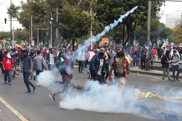پیششرط معترضان در اکوادور برای مذاکره با رئیسجمهور