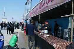 خدمات رسانی ۵۵ موکب خوزستانی به زائران اربعین در بازگشت از عراق