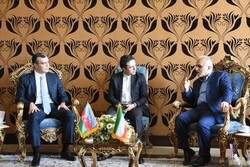 Iran's Finance and Economic Affairs Minister Farhad Dejpasand (1st R) held talks with Azerbaijan's Minister of Labor and Social Protection of the Population Sahil Babayev (1st L) in Tehran on Tuesday