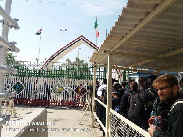 حضور زوار اربعین در مرز خسروی