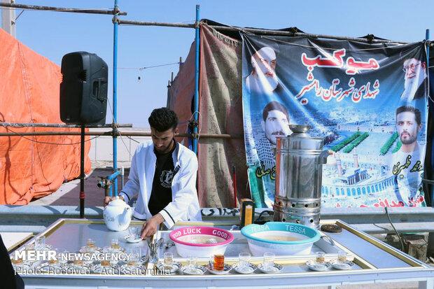 حضور زوار اربعین در مرز شلمچه