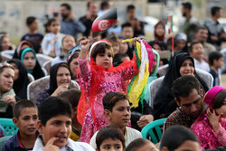 چهار قدم با کودکان در روز جهانی کودک/ اصفهان به شهر دوستدار کودک تبدیل میشود