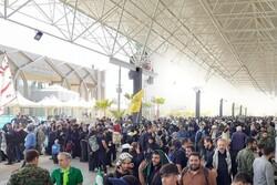 حجم عظیم جمعیت زوار اربعین در پایانه مرزی مهران