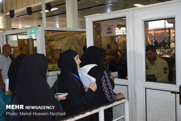 ادامه روند ورود زائران اربعین حسینی از مرز آستارا