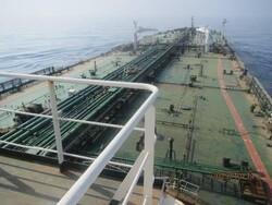 تانکر ترکرز از ادامه حرکت نفتکش ایرانی در دریای سرخ خبر داد