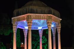بازدید ۱۰ هزار نفر در روز حافظ از مجموعه حافظیه