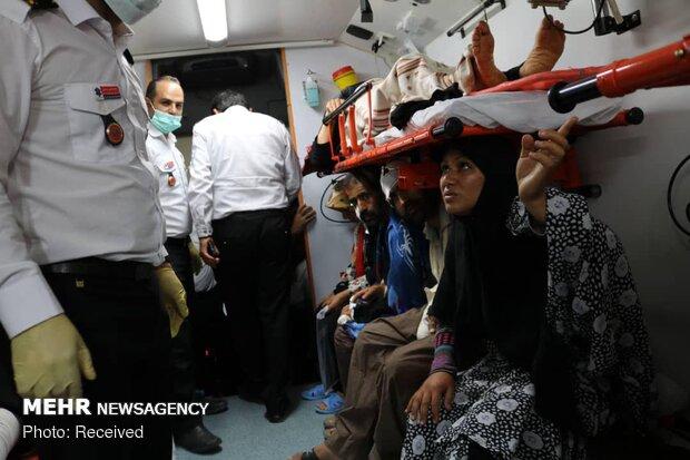 انتقال زائران مصدوم در تصادفات عراق به مهران