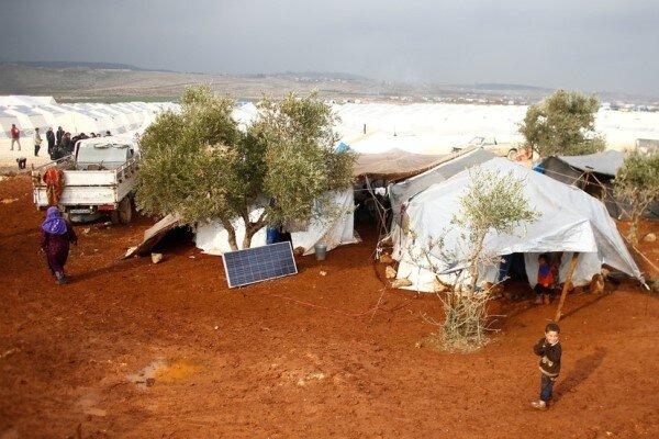 عبور بیش از ۵ هزار آواره سوری از مرز عراق به دنبال حمله ترکیه
