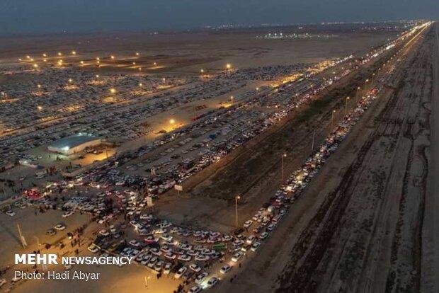 ۲۴۰۰ وسیله نقلیه از مرز شلمچه به سمت عراق عبور کردند