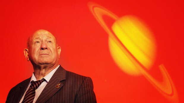نخستین انسانی که در فضا راهپیمایی کرد درگذشت