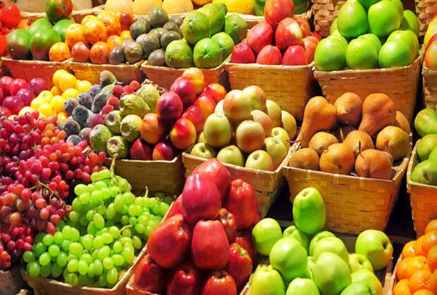 قیمت گوجه فرنگی به ۶ هزارتومان رسید/جزئیات قیمت میوههای پائیزی,