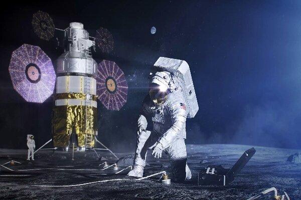 فضانوردان با لباس های جدید به ماه می روند