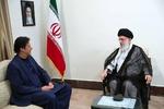 قائد الثورة الإسلامية يستقبل عمران خان