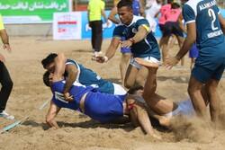 برگزاری رقابتهای کبدی ساحلی کارگران کشور در بندرعباس
