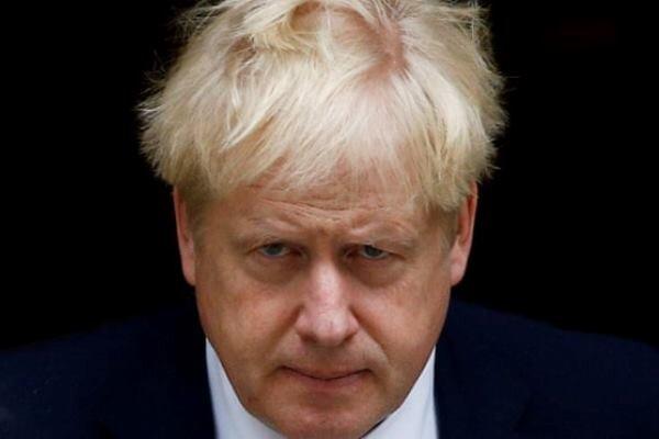 برطانوی وزیر اعظم کا  عوامی مقامات بند کرنے کا حکم