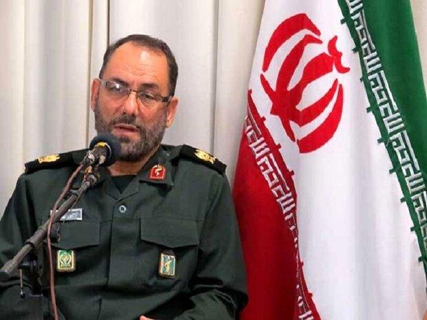 شهدا تاریخ ساز و هویت بخش انقلاب اسلامی ایران هستند