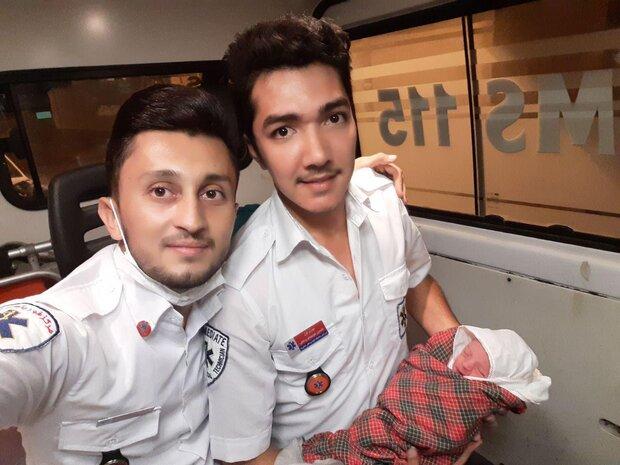 نوزاد عجول شاهرودی در آمبولانس متولد شد/ حال مادر و پسر خوب است