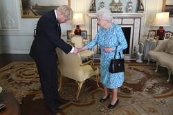 ملکه انگلیس بر خروج از اتحادیه اروپا در موعد مقرر تاکید کرد